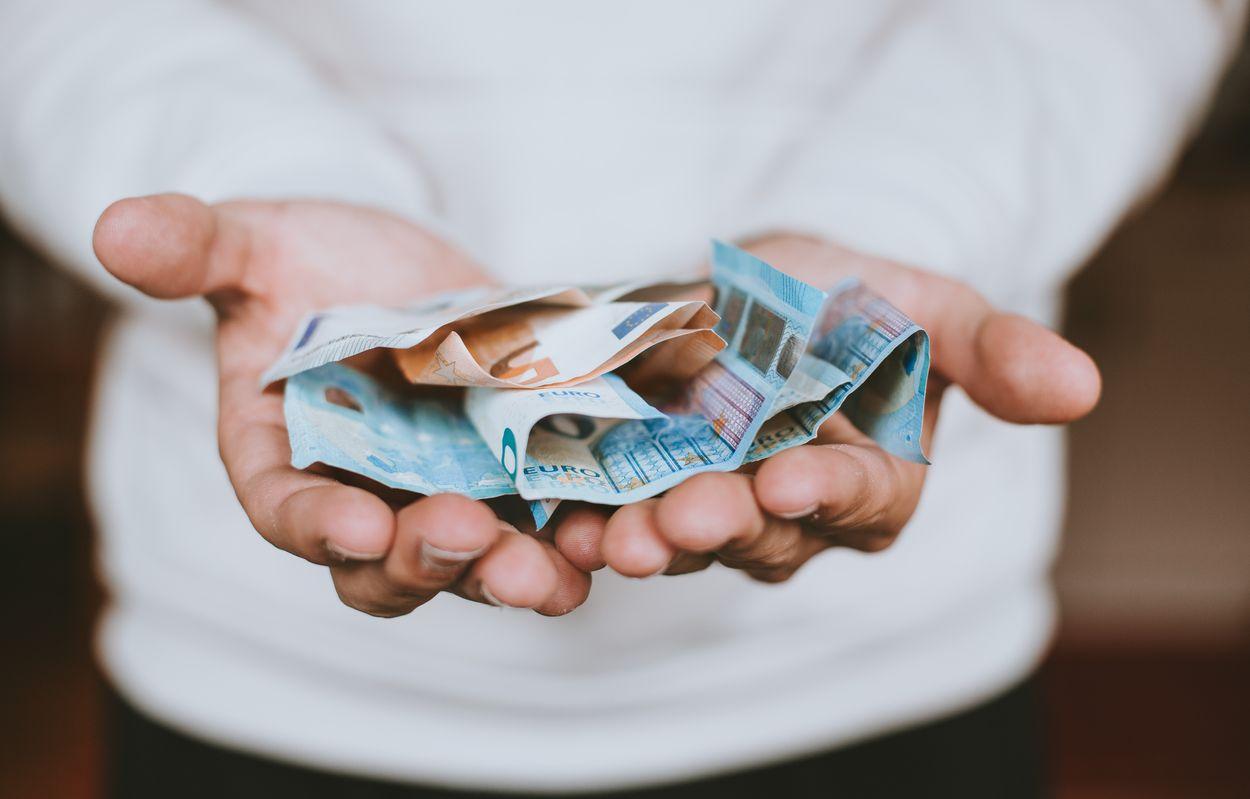 Afbeelding van Zijn er grenzen aan rijkdom, volgens Nederlanders?