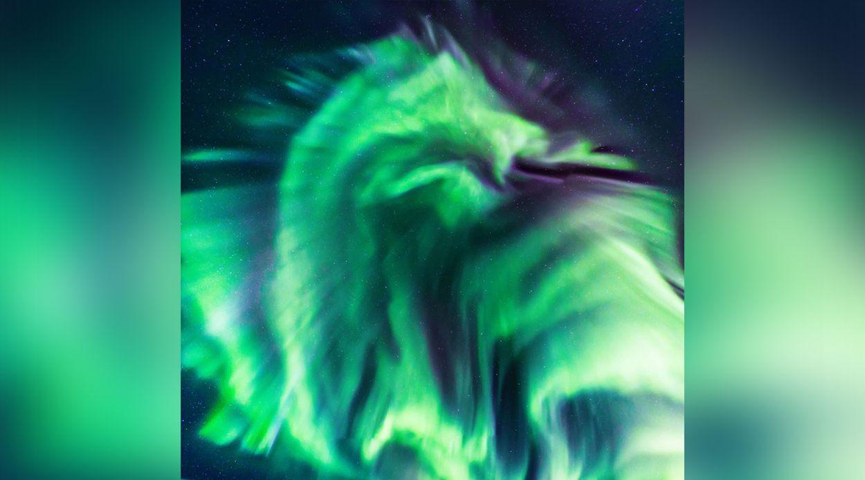 Afbeelding van Gigantische lichtdraak gespot boven IJsland
