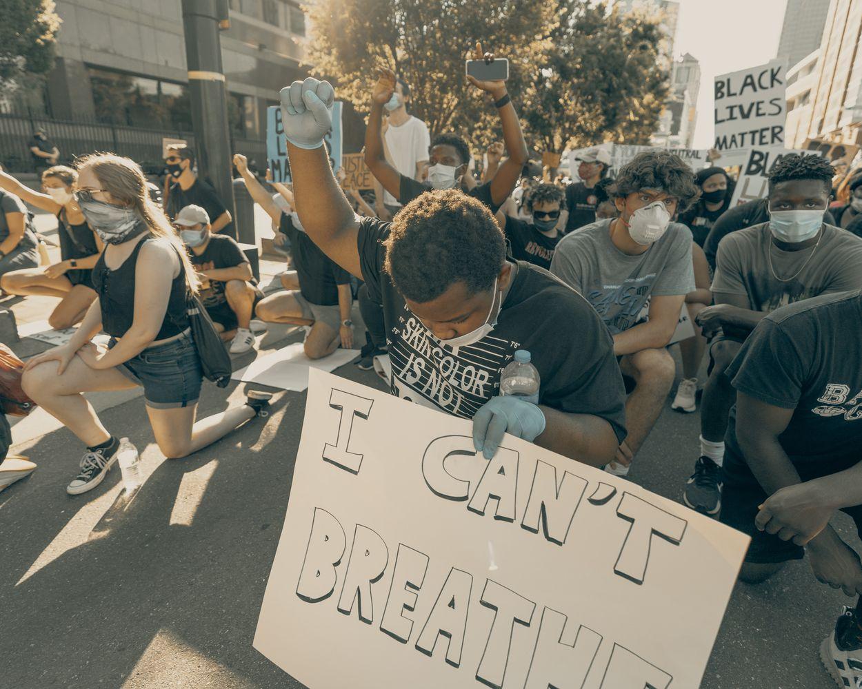 Afbeelding van Hoe is de situatie in Nederland een jaar na de Black Lives Matter-protesten?
