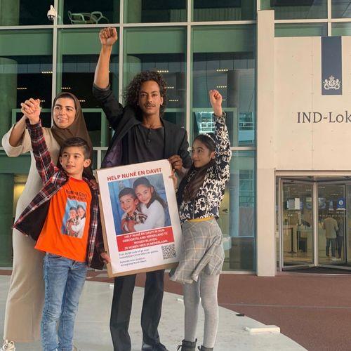 Afbeelding van Hoe schaadt het ontbreken van de menselijke maat bij de IND Nederlandse kinderen?