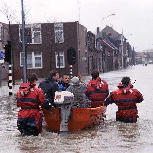 Afbeelding van Hoog Water: Wat hebben we geleerd van de Watersnood van 1995?