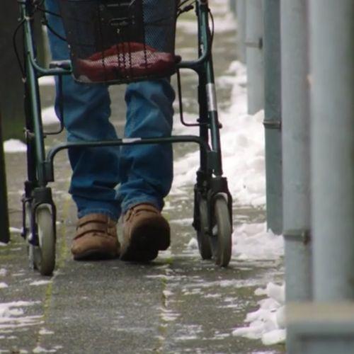 Afbeelding van Waarom is het zo moeilijk om financiële uitbuiting van ouderen tegen te gaan?